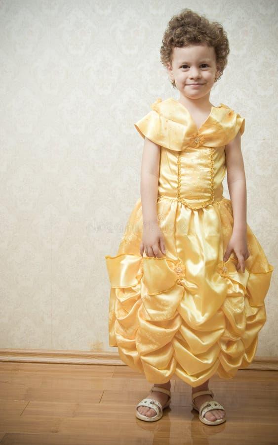 härlig barnprincess royaltyfri bild
