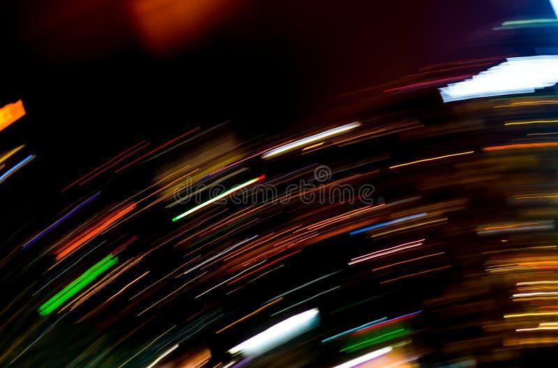 Härlig belysning av den futuristiska linjen för natten LEDDE byggnadsabstrac fotografering för bildbyråer