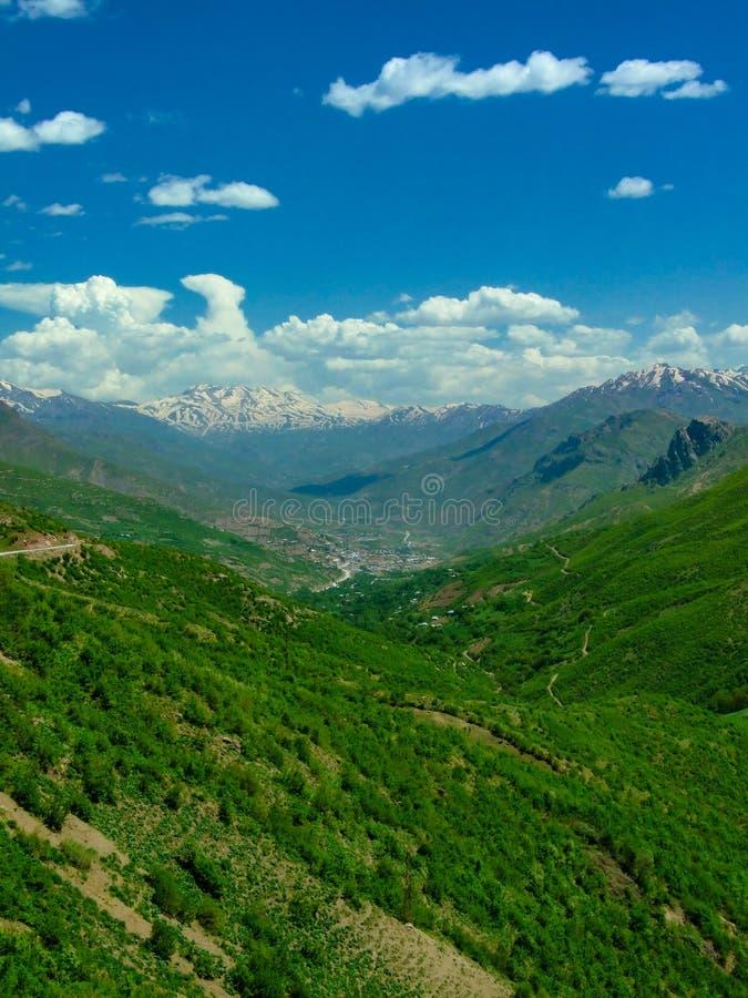 härlig bergsikt Skönhet i natur royaltyfri foto