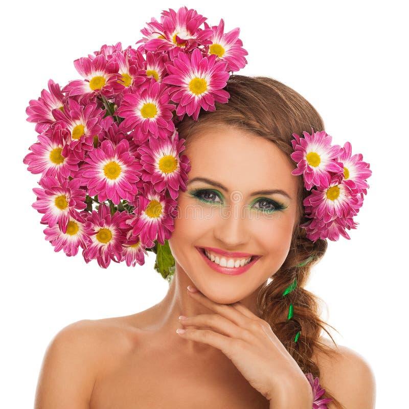 härlig blommahårkvinna arkivbild