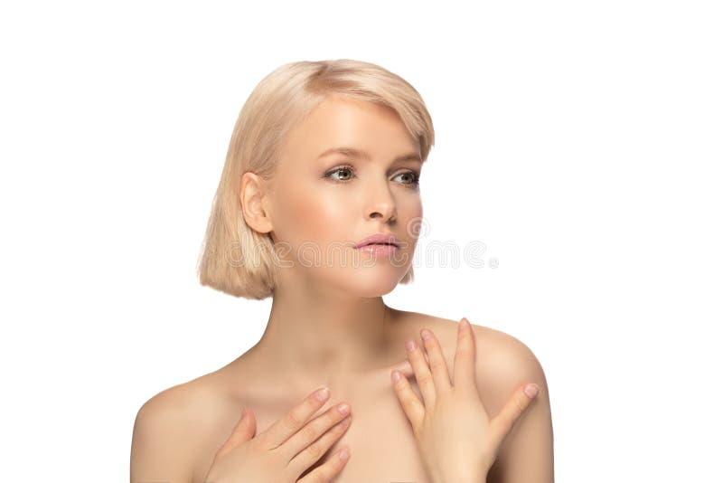 Härlig blond hårkvinna royaltyfri bild