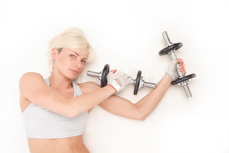 Härlig blondin med ett idrotts- diagram royaltyfri fotografi
