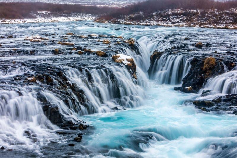 Härlig Bruarfoss vattenfall med turkosvatten royaltyfri bild