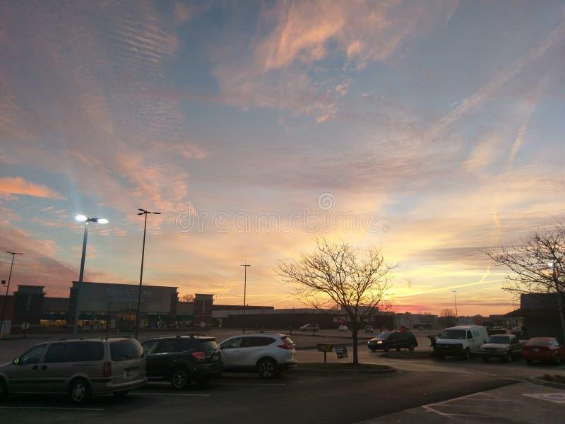 Härlig December soluppgång i Lafayette Indiana royaltyfri bild