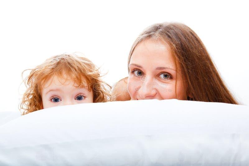 härlig dottermoder arkivfoto