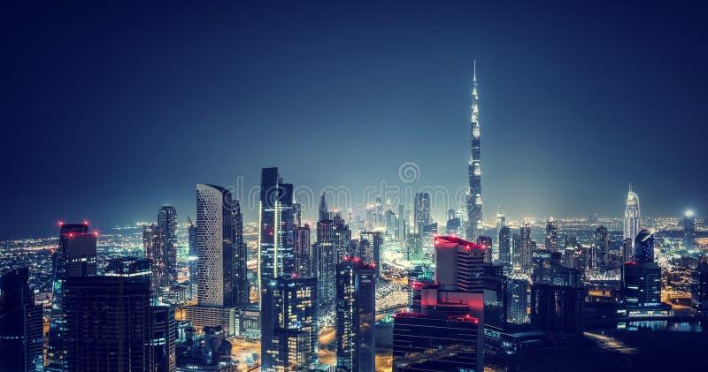 Härlig Dubai cityscape fotografering för bildbyråer