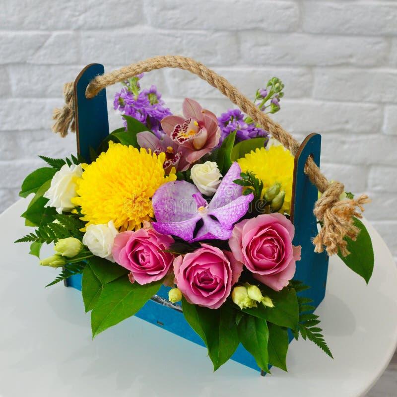 Härlig färgrik bukett med den exotiska blomman fotografering för bildbyråer