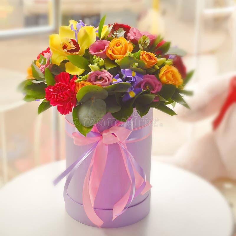 Härlig färgrik bukett med exotiska blommor royaltyfria foton