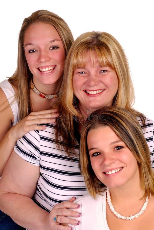 härlig familj arkivbild