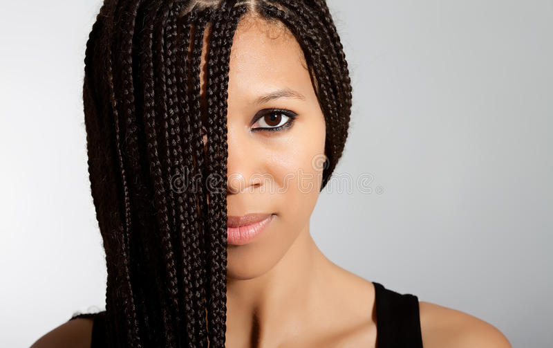 härlig flicka för afrikansk amerikan arkivbild