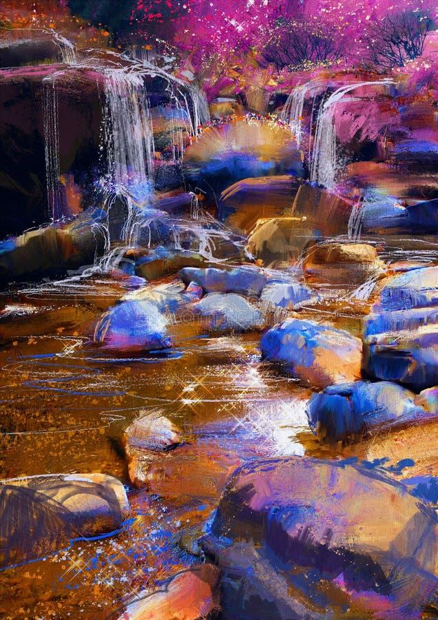 Härlig flod bland färgrika stenar, vattenfall arkivbilder