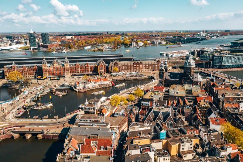 Härlig flyg- Amsterdam sikt från över royaltyfri bild
