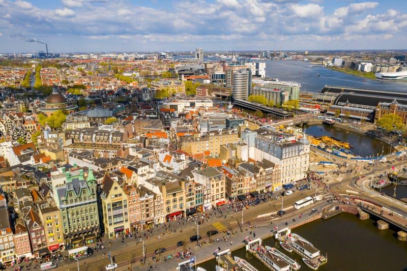 Härlig flyg- Amsterdam sikt från över royaltyfria foton