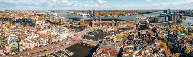 Härlig flyg- Amsterdam sikt från över royaltyfri fotografi