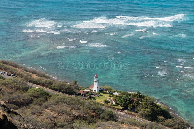 Härlig flyg- Diamond Head Lighthouse utsikt på Oahu royaltyfria bilder