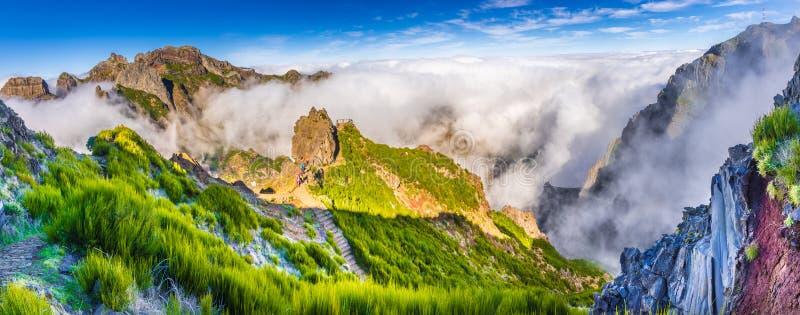 Härlig flyg- panorama av ett berg i madeira royaltyfria foton