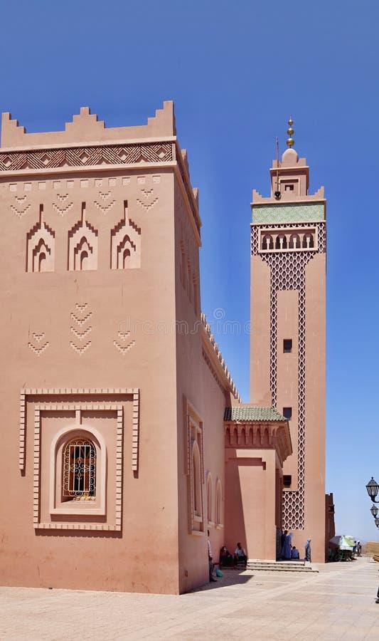 Härlig garnering av moskén med en minaret, Zagora, Marocko fotografering för bildbyråer
