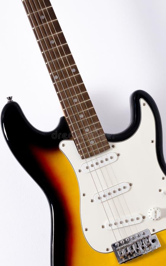 Härlig gitarr arkivbilder