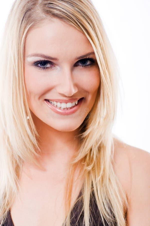 Download Härlig Glamorös Le Blond Kvinna Fotografering för Bildbyråer - Bild av ungdomligt, leende: 37349835