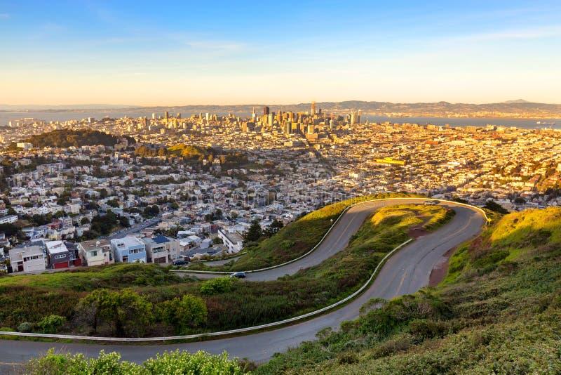 Härlig höstsikt av i stadens centrum San Francisco royaltyfri foto