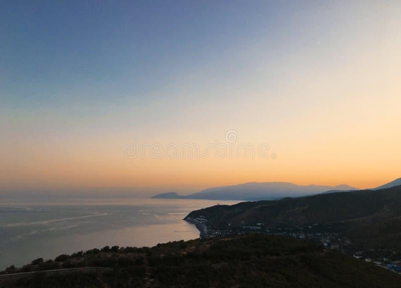 Härlig havsseascapepanorama Sammansättning av naturen i Krim royaltyfri foto