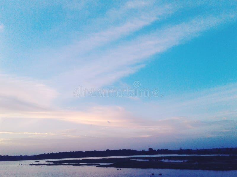 Härlig himmel överraskar royaltyfri fotografi