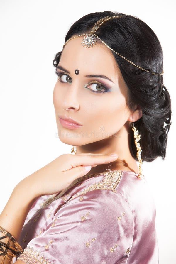 Härlig indisk flicka för stående arkivbilder