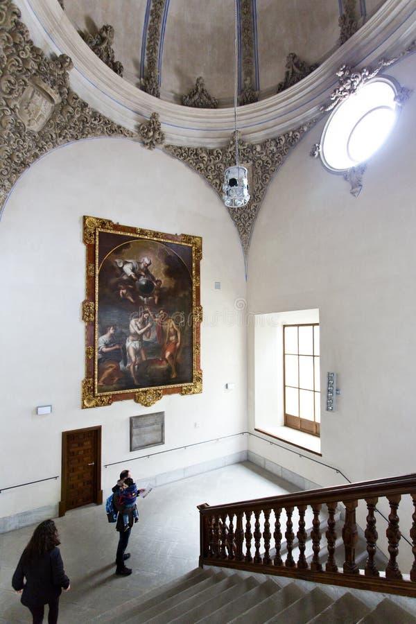 Härlig inre av den moriska Madrasahen av Granada royaltyfri bild
