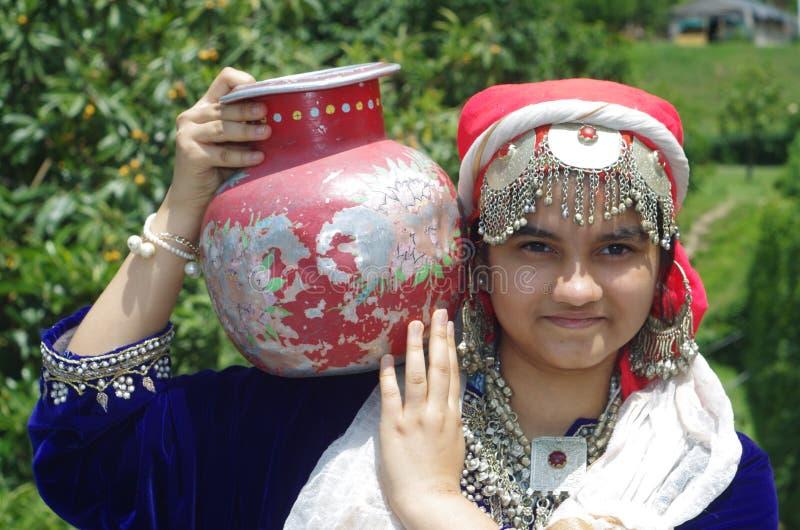 Härlig Kashmiri Girl-4 royaltyfri fotografi