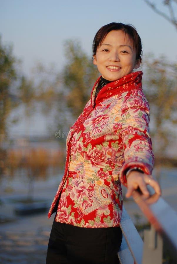 härlig kinesisk kvinna fotografering för bildbyråer