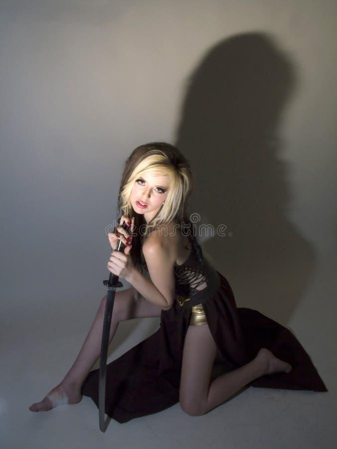 Härlig krigareprinsessa royaltyfri foto