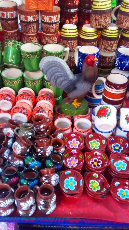 Härlig krukmakeri i Quetzala, Guerrero, Mexico arkivbilder