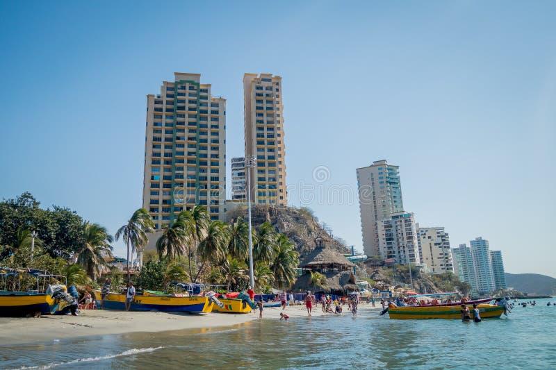 Härlig kustlinjestrandsikt av Santa Marta arkivfoton