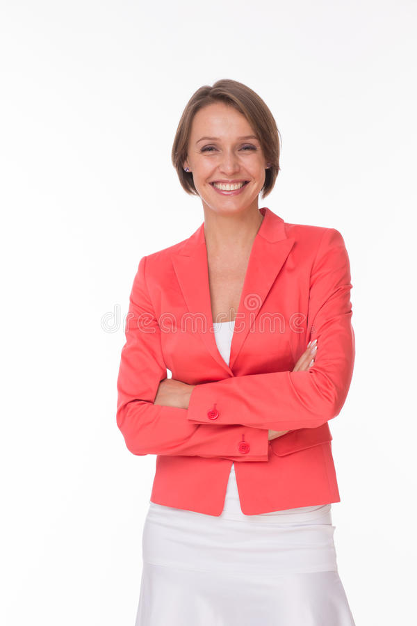 Härlig kvinna i korallomslag på vit royaltyfri fotografi