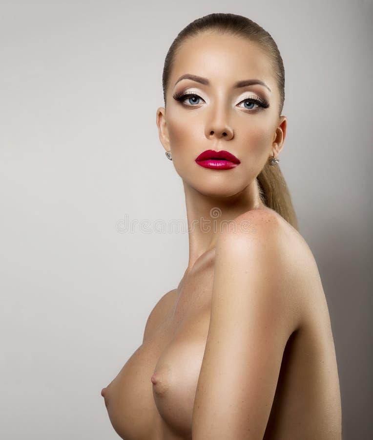 hemsida Call-girl små bröst