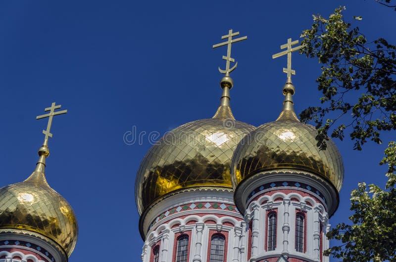 Download Härlig kyrka arkivfoto. Bild av green, religion, tjuren - 37348258