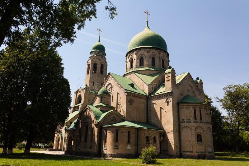 Härlig kyrka i Parkhomovka, Ukraina arkivfoto