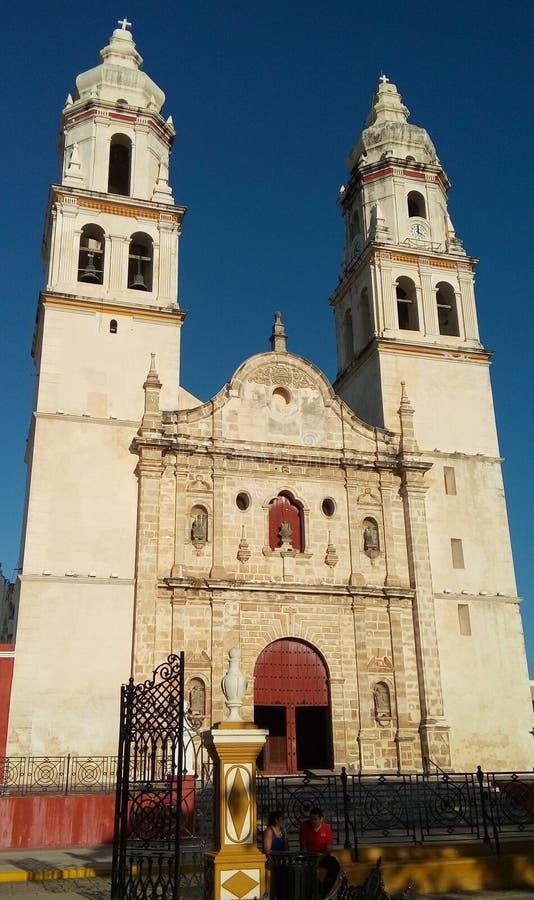 Härlig kyrka i i stadens centrum Merida, Mexico arkivfoto
