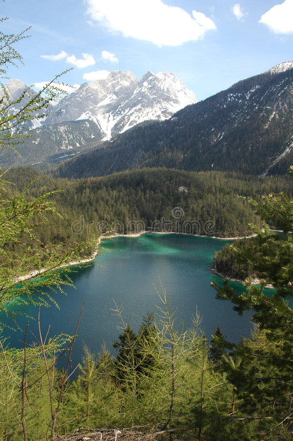 Download Härlig lake arkivfoto. Bild av germany, europa, lake, paradis - 280302