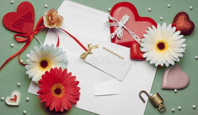 Härlig ljus tillbehör för dag för valentin` s royaltyfria foton