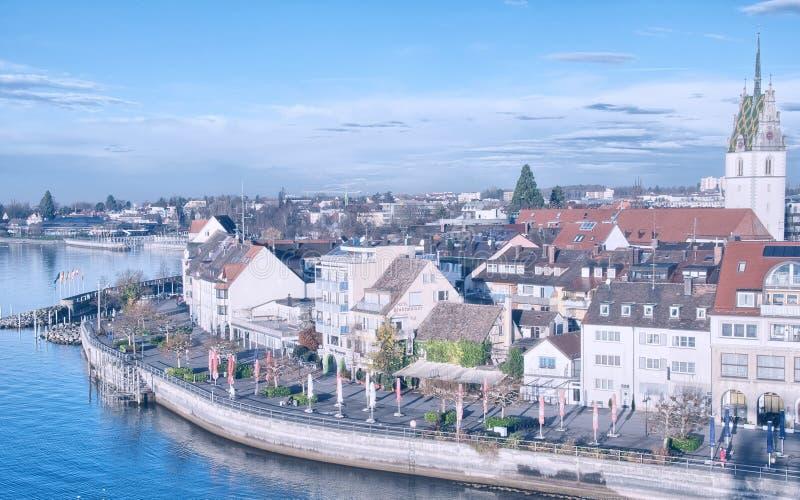 Härlig medeltida arkitektur i Friedrichshafen - Tyskland arkivfoton