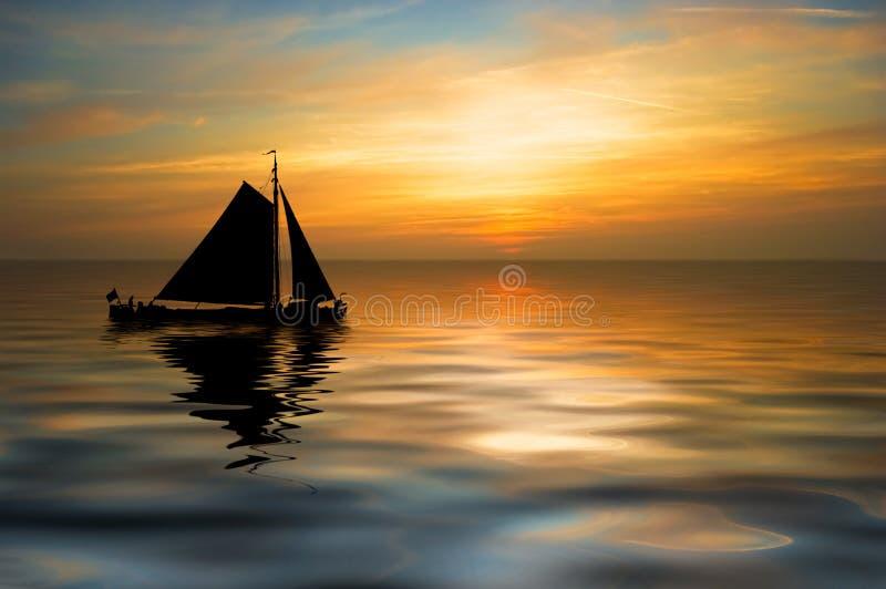 härlig nattsegelbåt arkivbild