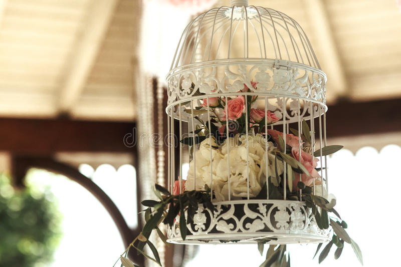 Härlig och elegant vit burgarnering royaltyfri fotografi