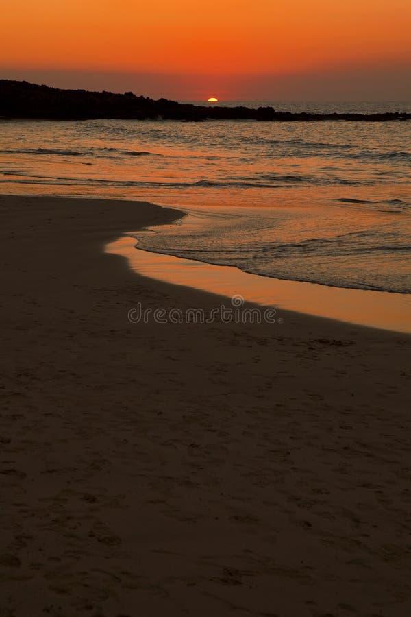 härlig orange solnedgång royaltyfria bilder