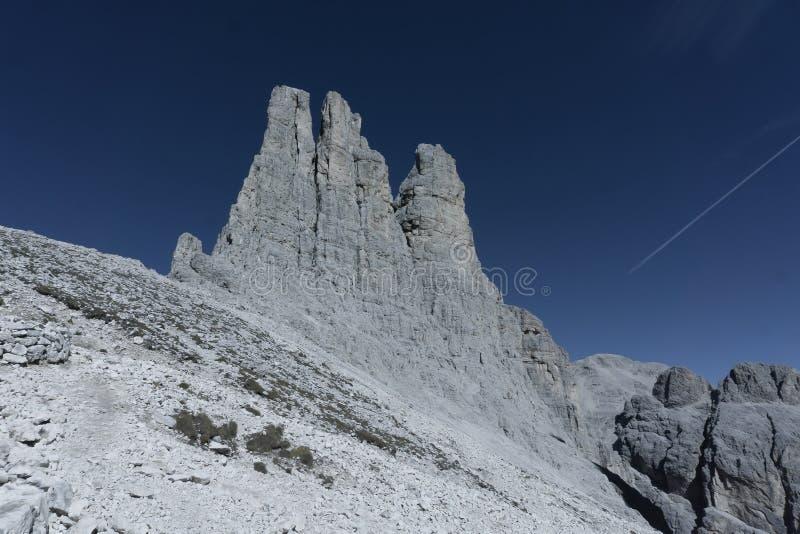 Härlig panorama- natur i bergen royaltyfri fotografi