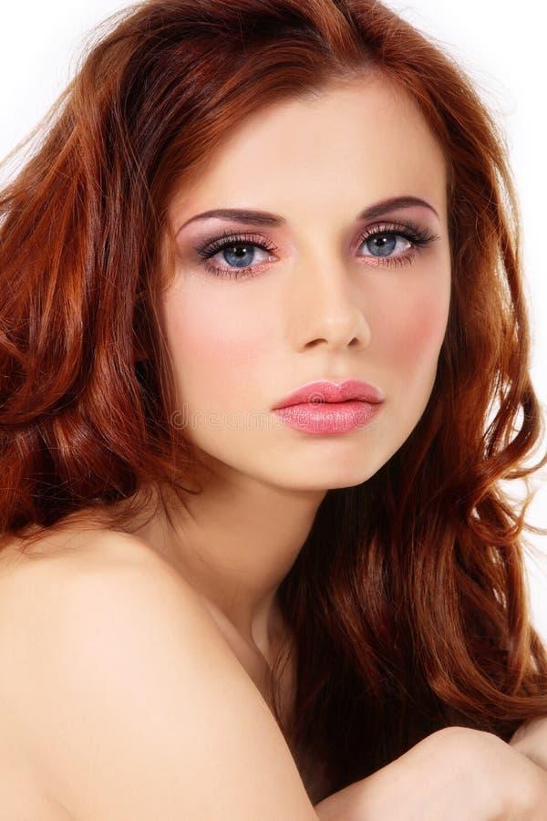 härlig redhead arkivfoto