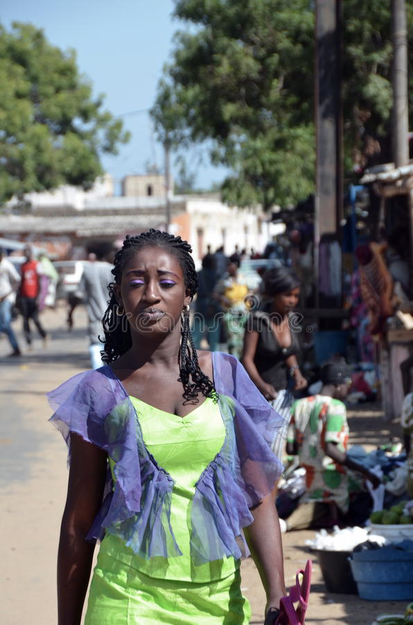 Härlig Senegal kvinna arkivfoton