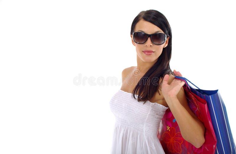 härlig shoppingkvinna royaltyfri foto