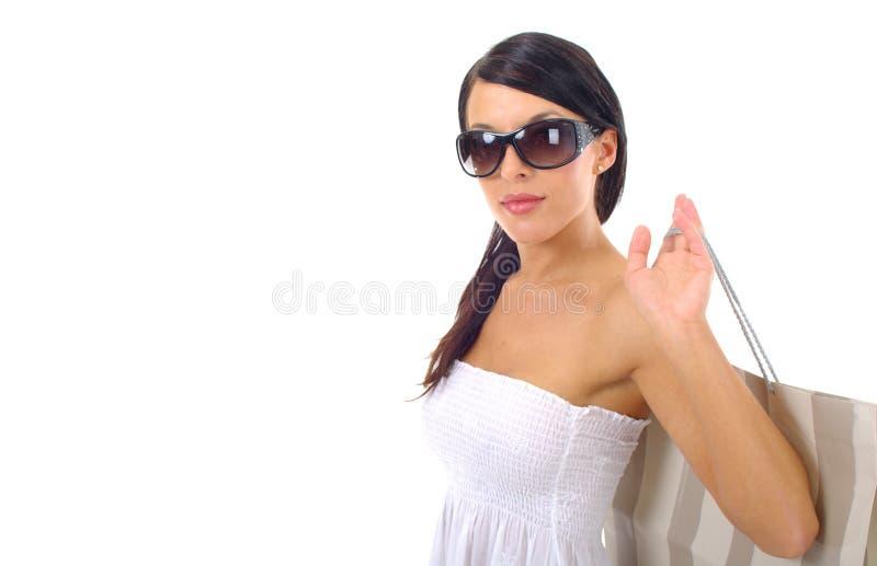 härlig shoppingkvinna arkivfoton