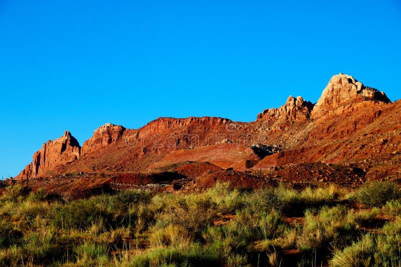 Härlig sikt av de fantastiska sandbildande i den berömda solnedgången, Arizona, USA fotografering för bildbyråer